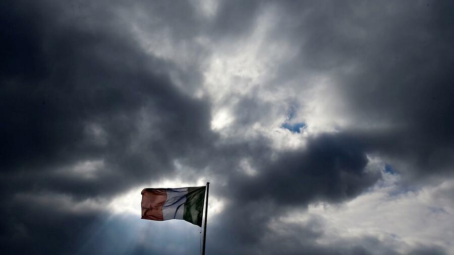 Italiens Kreditwürdigkeit: Nur noch knapp über Ramschniveau