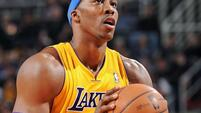Dwight Howard soll bei den Lakers bleiben Quelle: SID