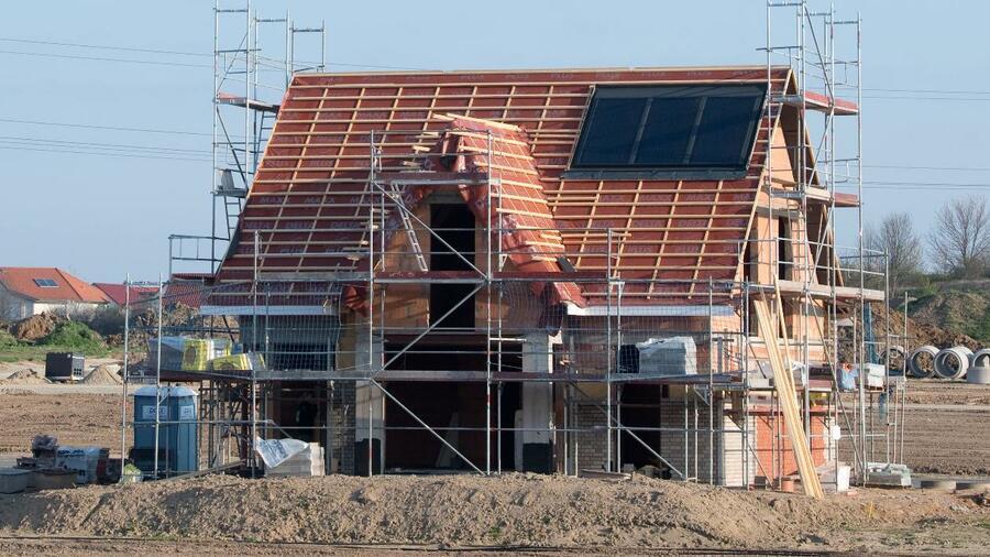 immobilien hausbesitzer bleiben in deutschland in der. Black Bedroom Furniture Sets. Home Design Ideas