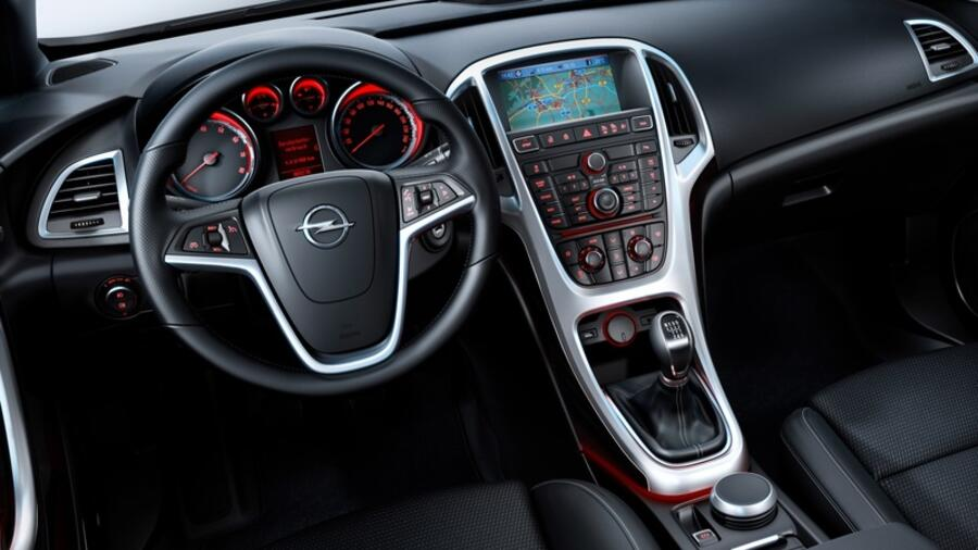 Opel astra j im gebrauchtwagen check ein zuverl ssiger for Innenraum design berlin