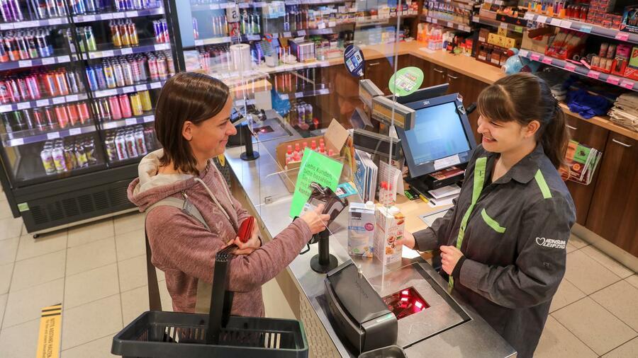 Konjunktur: Impfmüdigkeit und Inflation lassen Konsumklima stagnieren