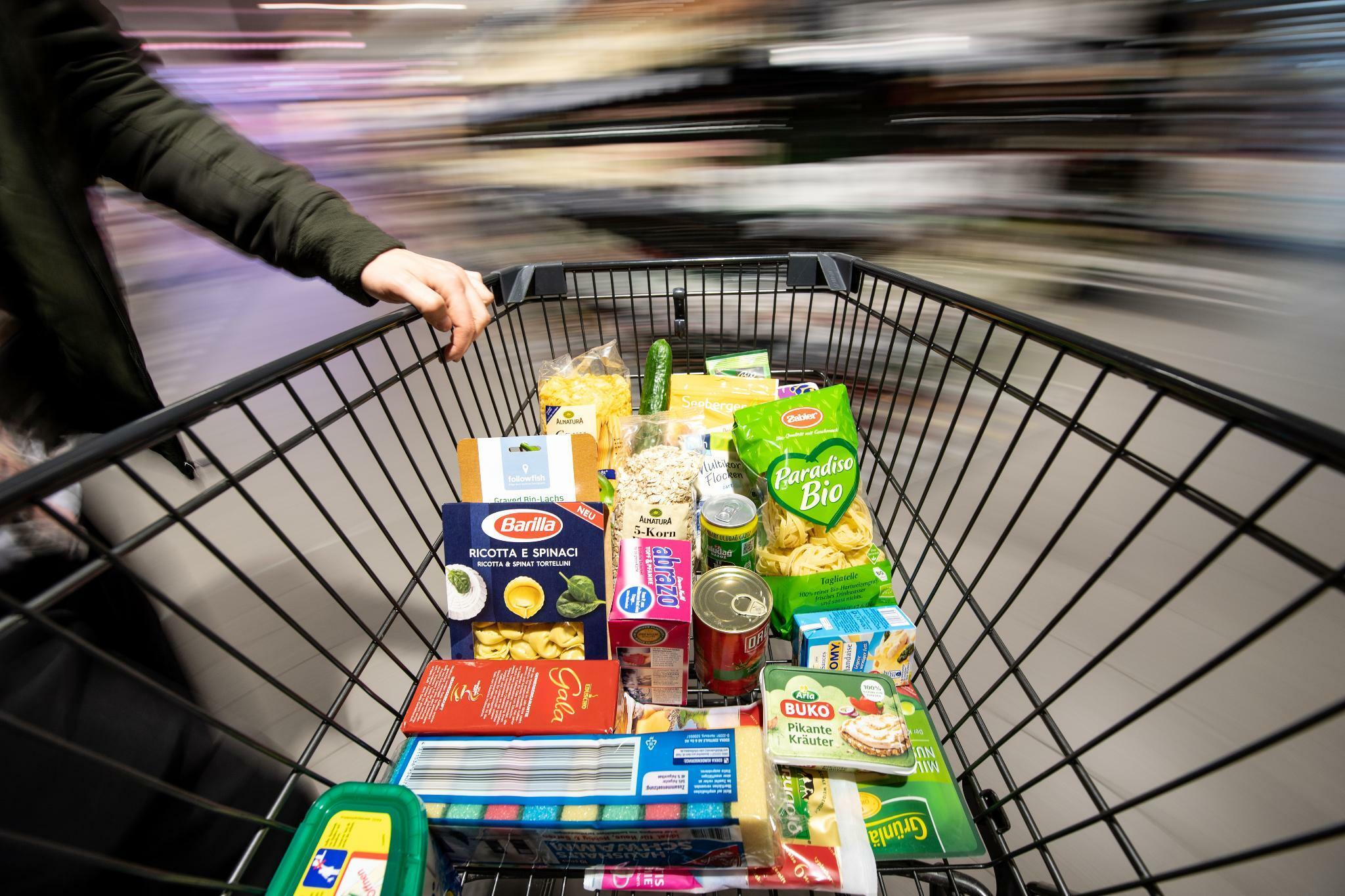 Studie: Deutsche wollen schnell und billig einkaufen
