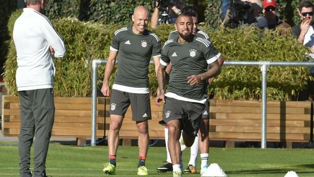 Fußball: Bayern-Profi Vidal bereit für Einsatz gegen Celtic Glasgow