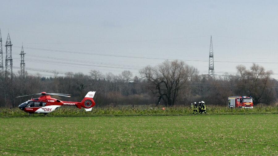 Vier Tote bei Zusammenstoß zwischen Kleinflugzeug und Hubschrauber
