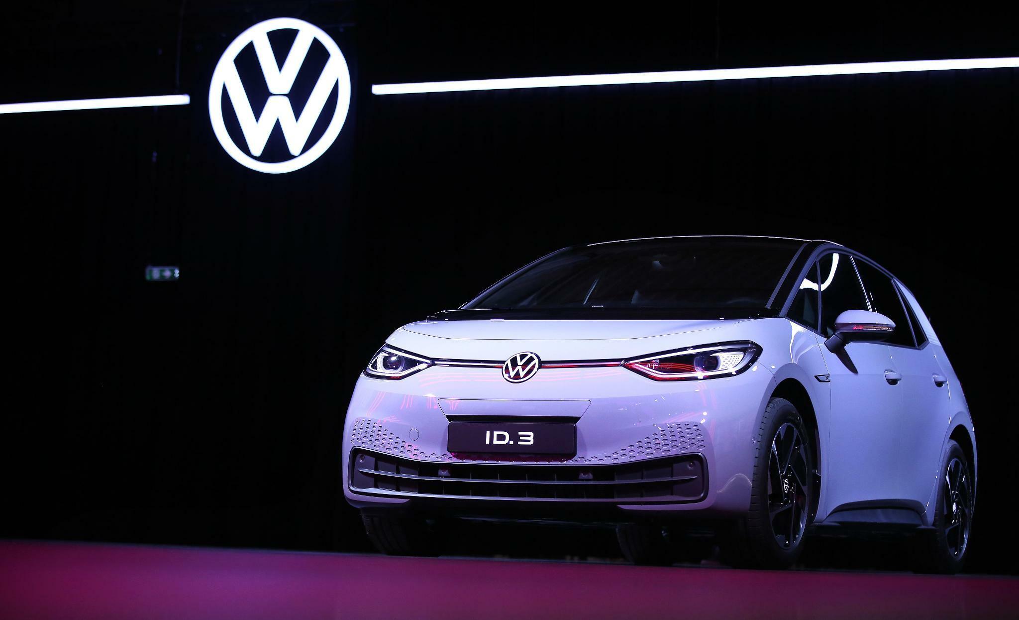 """VW-Chefstratege Michael Jost: """"Wir phasen den Verbrenner aus"""""""