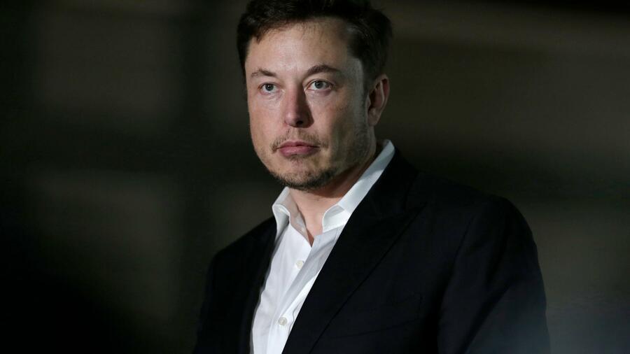 Der Tesla Chef kann den Verlust von 20 Millionen Dollar offenbar gut verkraften. Quelle AP