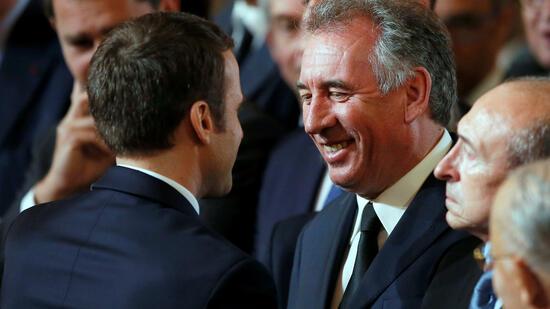 Macrons Partei vor Etappensieg bei erster Wahlrunde in Frankreich