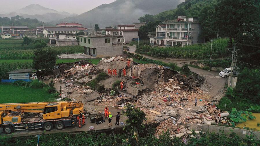 Dutzende Tote und Verletzte bei Erdbeben in Chinas Südwesten