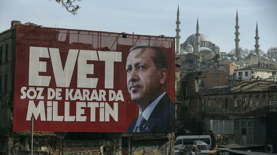 Abstimmung über türkische Verfassung endet in Deutschland