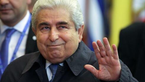 Das Land von Staatspräsident Dimitris Christofias benötigt dringend Hilfsgelder. Quelle: dpa