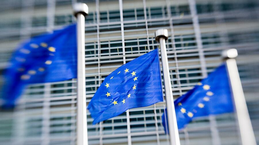 Bericht: Brüssel will Verbot von Einweggeschirr aus Plastik