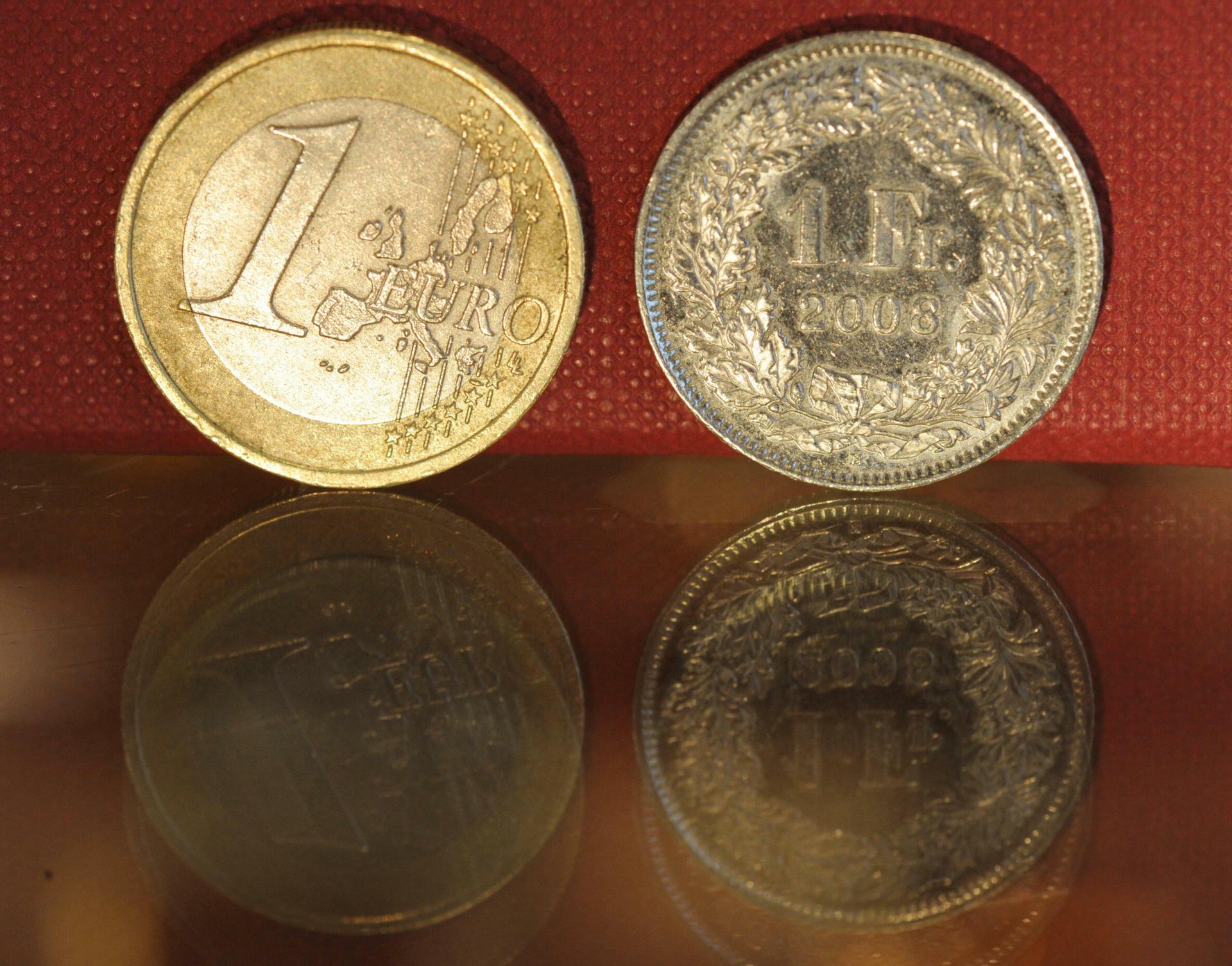 Mindestkurs Zum Euro Schweizer Zentralbank Legt Mindest Wechselkurs