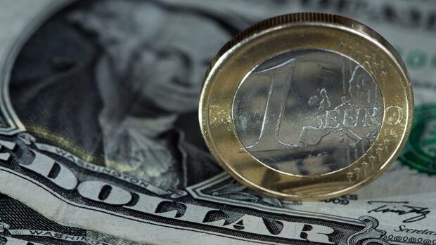 Euro/Dollar : Euro erholt sich - Dreijahrestief überwunden