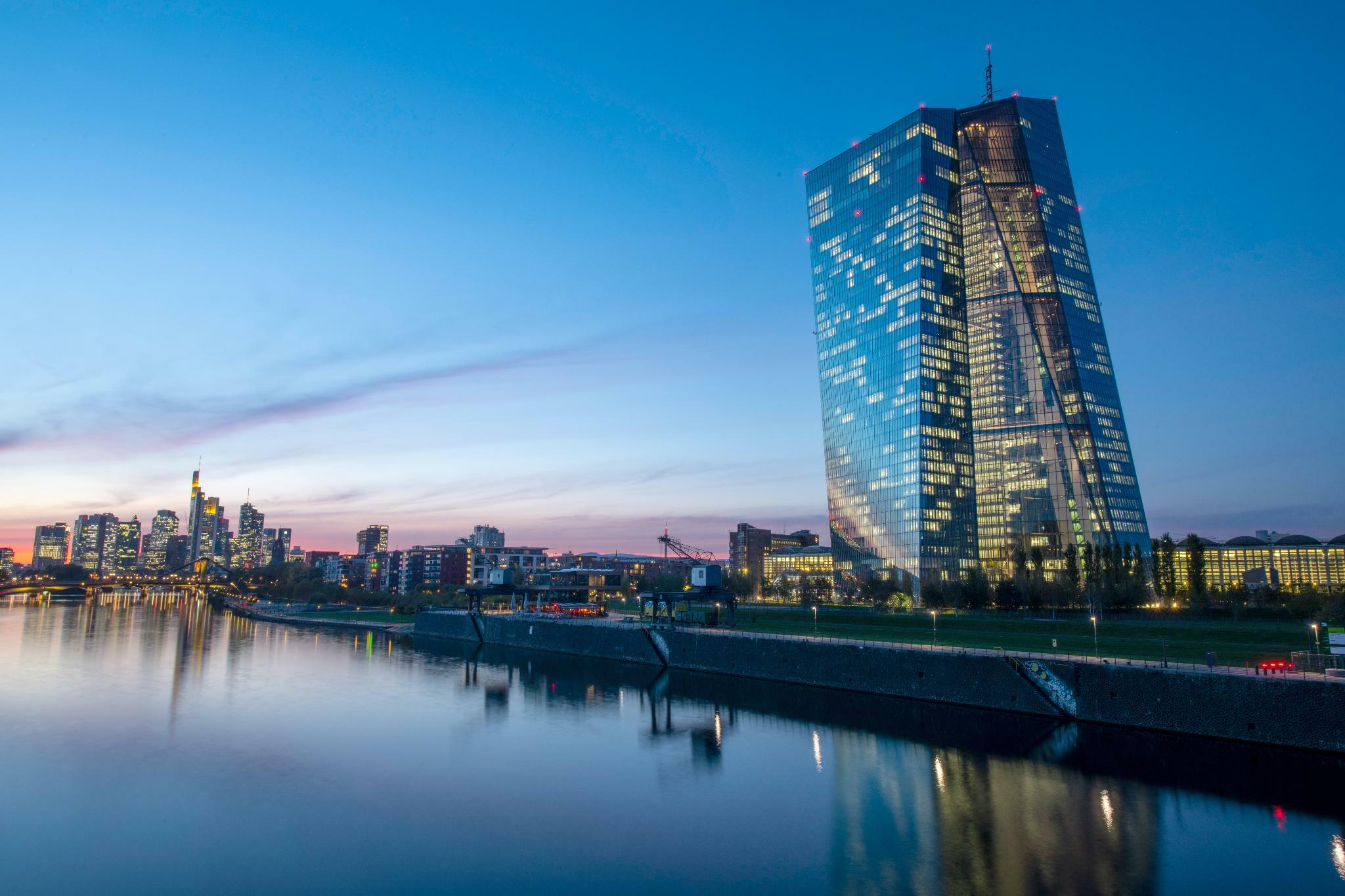 Banken zahlen EZB-Langfristdarlehen vorzeitig zurück