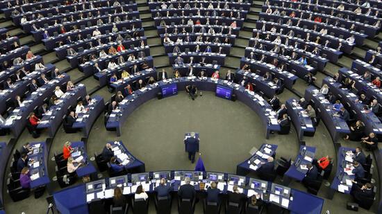 EU-Parlament will Brexit-Gespräche über Zukunft aufschieben