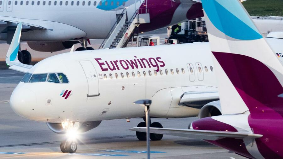 Image result for Deutschland erhöht die Steuern für Inlandsflüge
