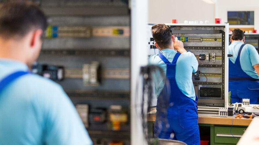 Deutsche Wirtschaft kämpft mit Rekordlücke bei IT-Spezialisten