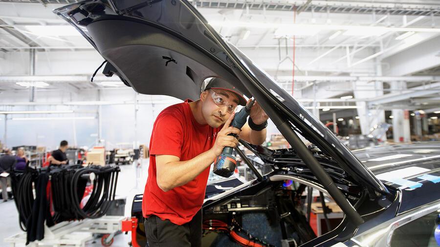 Union Troubles: Inside the Tesla sweatshop