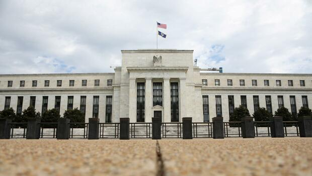 Notenbank: Fed will Regulierung fast aller US-Banken lockern