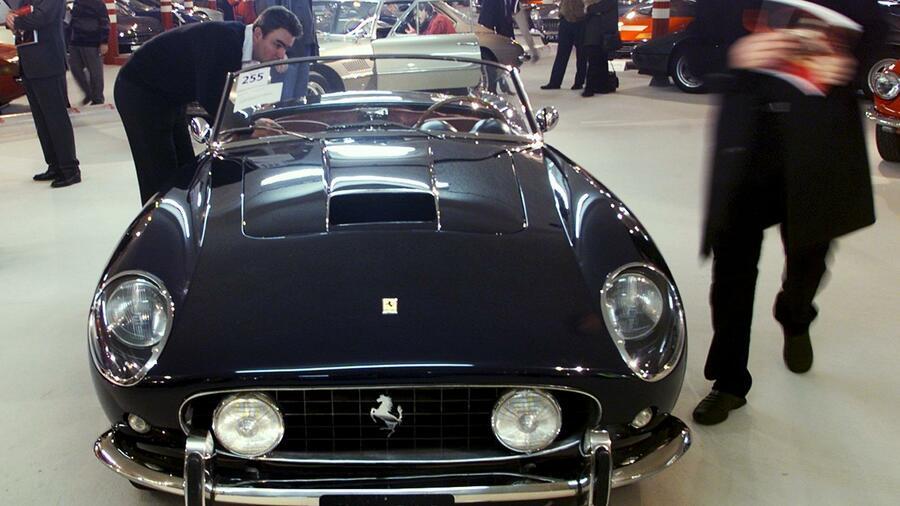 Teuerste auto der welt bugatti  Teuerste Oldtimer 2013: Zehn Auto-Schätze für 122.000.000 Dollar