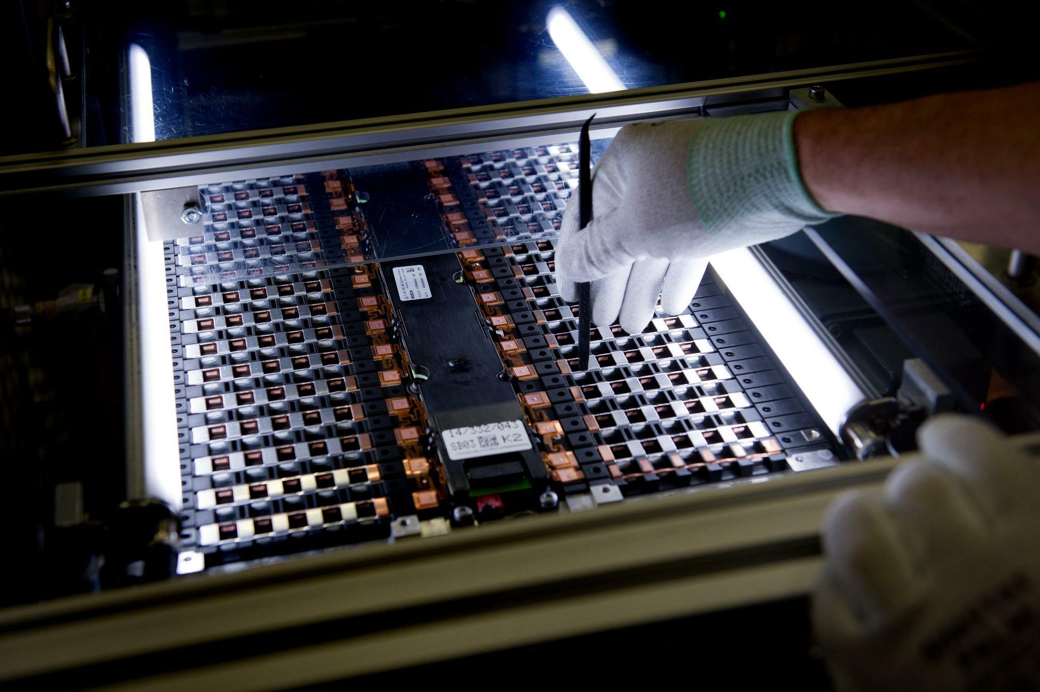 Batteriezellen und Black Friday: Die Firmenereignisse der Woche