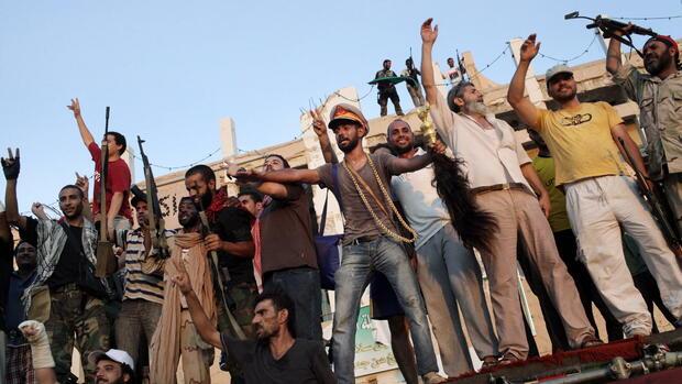 botschaft des diktators gaddafi hetzt gegen ratten und. Black Bedroom Furniture Sets. Home Design Ideas
