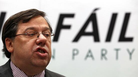 huGO-BildID: 20627088 Ireland's Prime Minister, Brian Cowen, speaks at a news conference in the Alexander Hotel in Dublin in a January 16, 2011 file photo. Cowen said January 22, 2011 he would stand down as leader of the ruling Fianna Fail party but stay on as premier until a parliamentary election on March 11. REUTERS/Cathal McNaughton/files (IRELAND - Tags: POLITICS) Quelle: Reuters