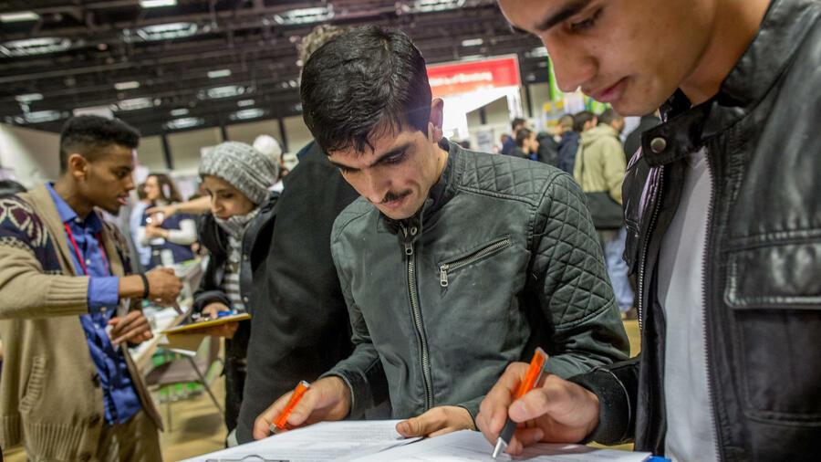 unternehmen bayer flüchtlinge