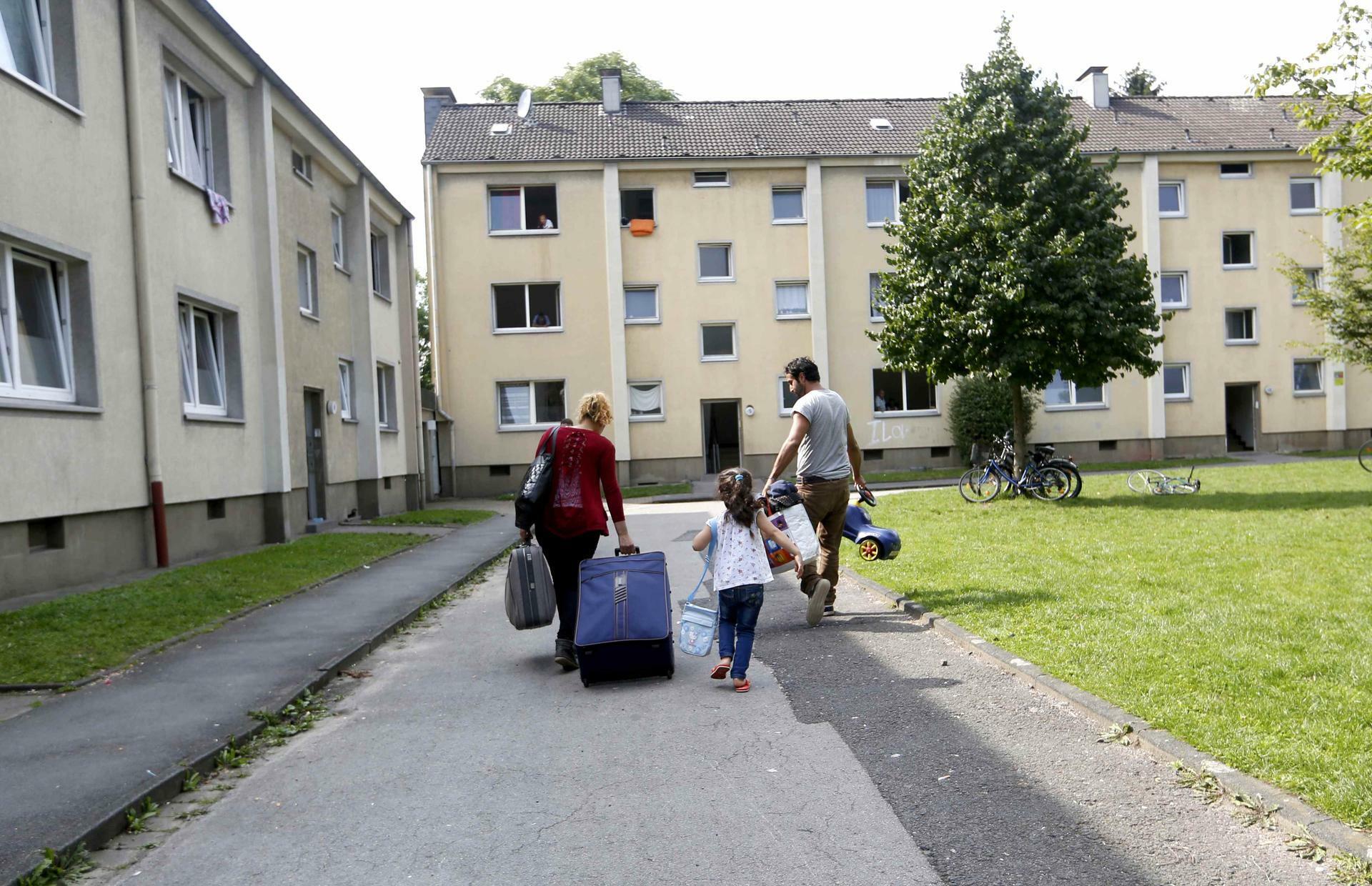 Wohnraum Für Flüchtlinge Attacke Auf Das Eigentum