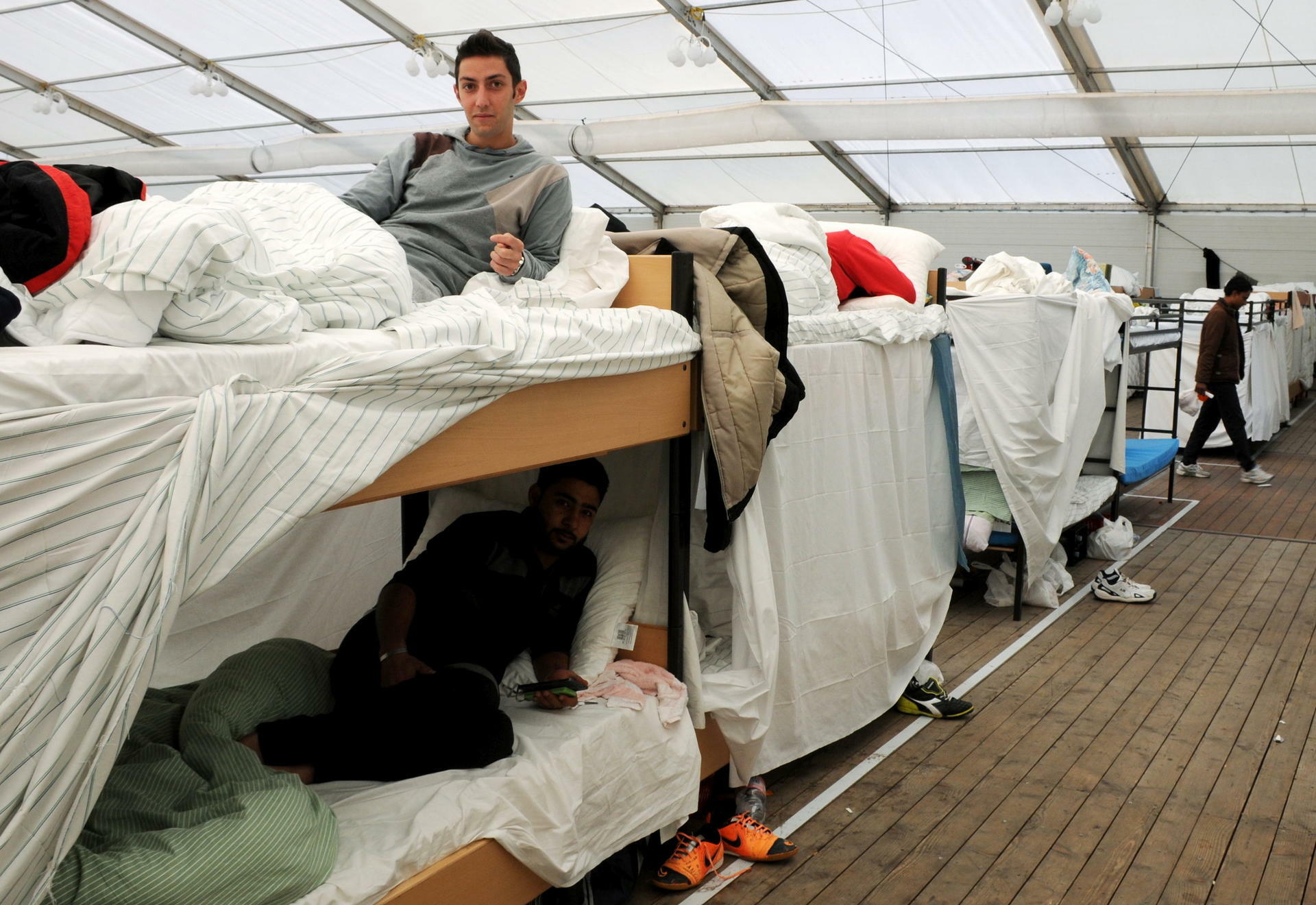 Etagenbett Metall Poco : Ikea xxxl poco flüchtlinge lassen nachfrage nach billig betten