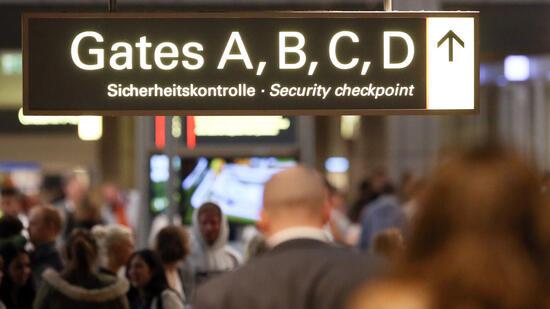 Richter stoppen Austausch von Fluggastdaten mit Kanada