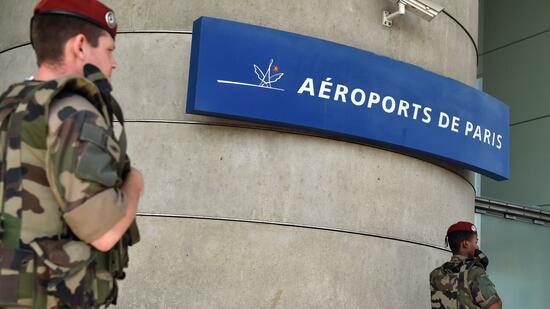 Ermittler vermuten terroristisches Motiv hinter Angriff in Orly