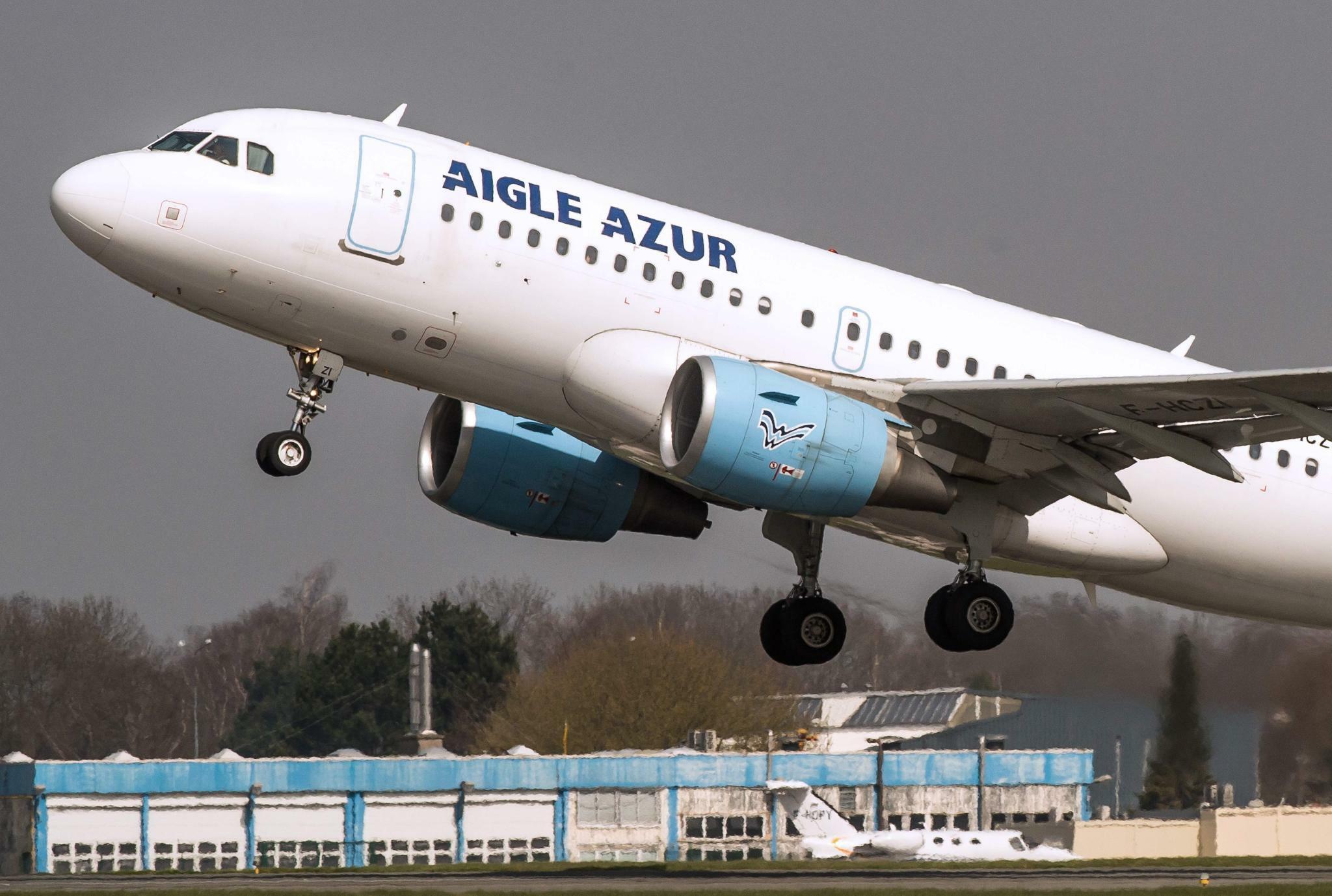 Air France legt Angebot für französische Airline Aigle Azur vor