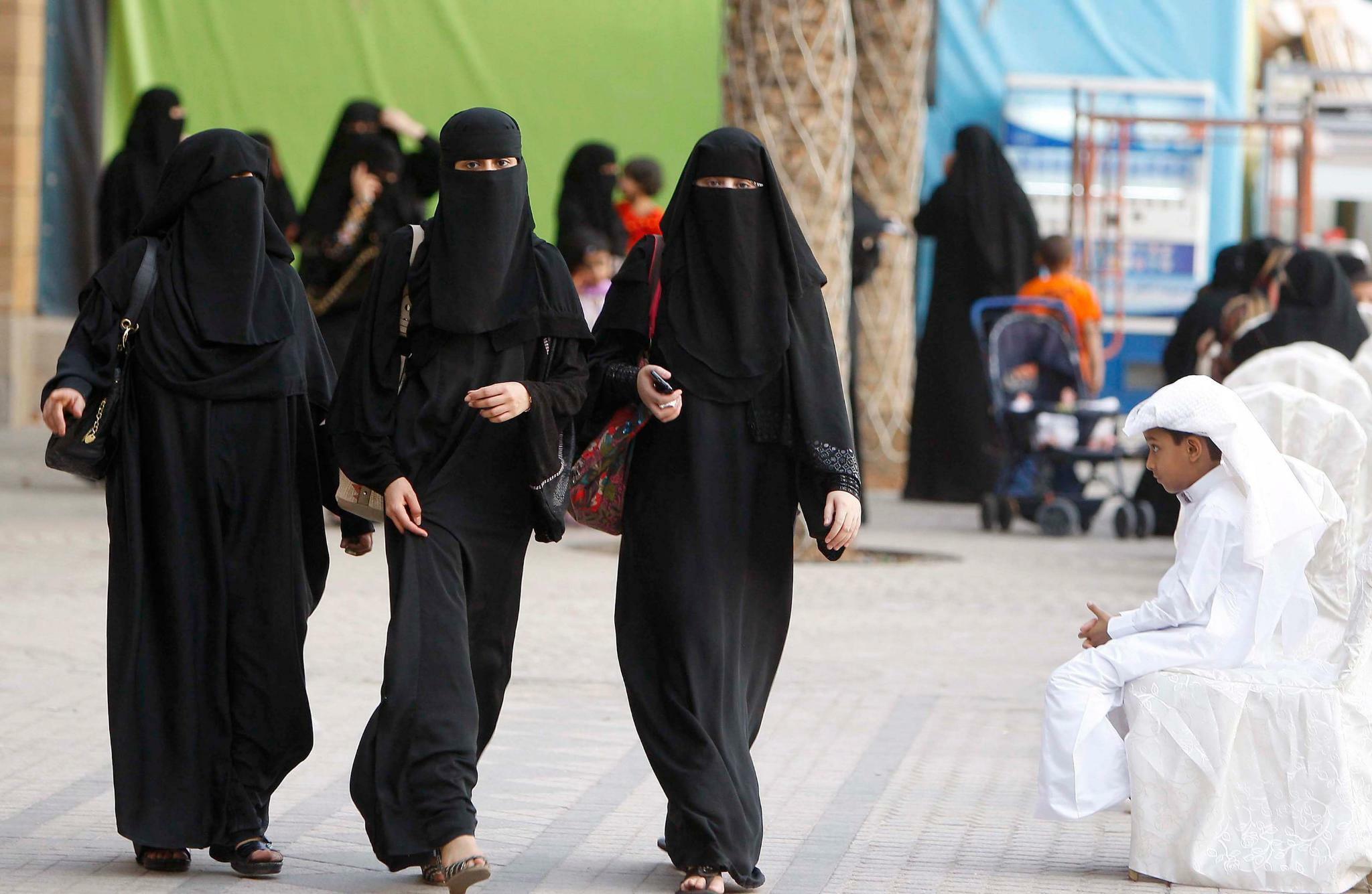 Saudi-Arabien hebt Geschlechtertrennung in Restaurants auf