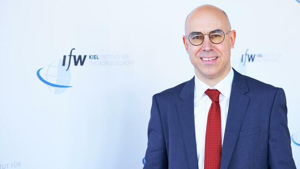 """Epidemie: Ökonom Felbermayr über die Folgen des Coronavirus: """"Jeden Tag größere Schäden"""""""