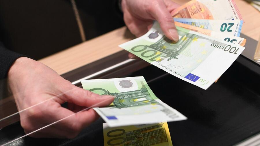 BGH-Urteil: Banken dürfen Schalter-Gebühren nur in Höhe tatsächlicher Kosten erheben