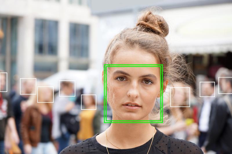 Clearview legt gigantische Datenbank zur Gesichtserkennung an