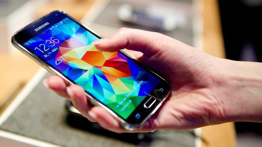 Wie Smartphone-Nutzung das Gehirn prägt