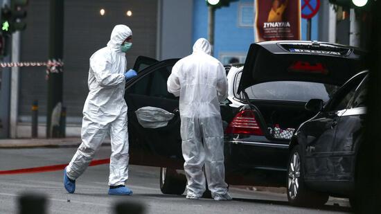 Lucas Papademos: Ex-Ministerpräsident Griechenlands bei Bombenexplosion verletzt