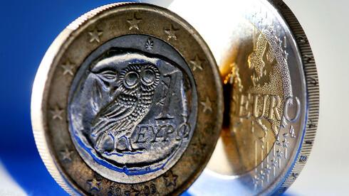 War 2012 das Jahr der Wende für Griechenland ? Viele Anleger scheinen vom politischen Willen überzeugt. Anleihe-sowie Aktienmarkt legten dieses Jahr deutlich zu. Quelle: dpa