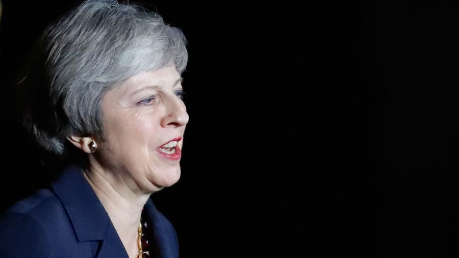 Brexit-Deal: Ministerin in Tränen - Streit in britischer Regierung eskaliert