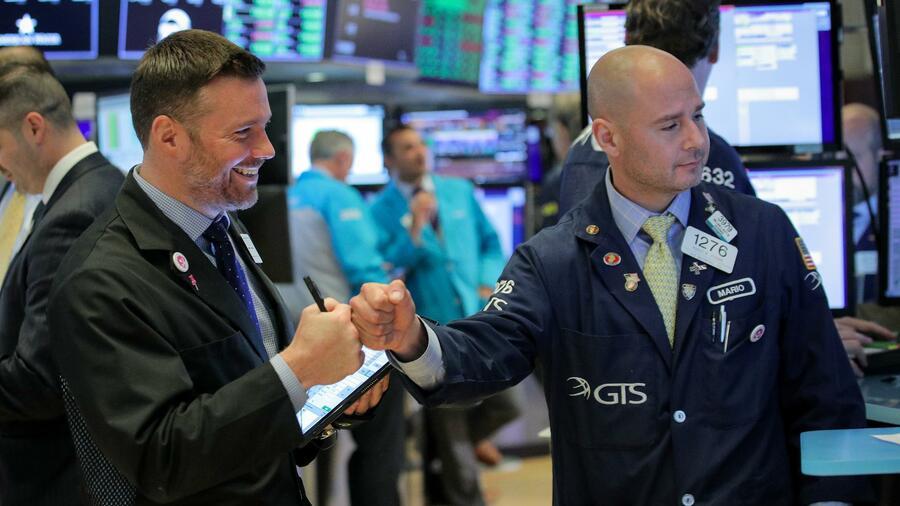 Vor Zinsentscheid der Fed – Wall Street legt leicht zu