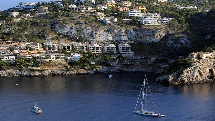 Der schicke Südwesten von Mallorca ist bei Ferienhauskäufern begehrt. Quelle: dpa