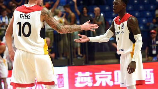 Deutsche Basketballer ziehen ins EM-Achtelfinale ein