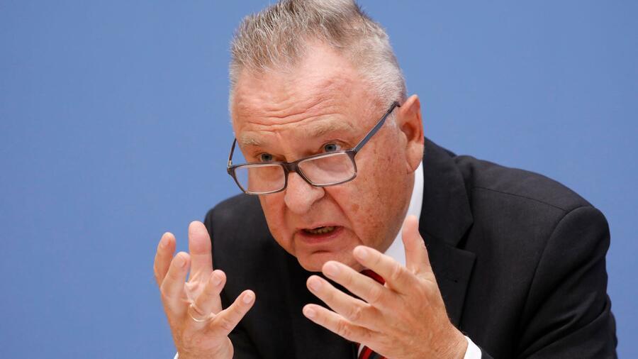"""Ex-Verfassungshüter Papier fordert """"Unterwerfung"""" unter Grundgesetz"""
