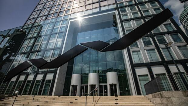 Quartalszahlen: Der Corona-Boom bei der Deutschen Börse ist vorbei: Umsatz und Erlöse schrumpfen