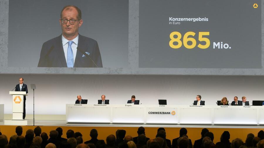 Bloß kein zweites Monsanto – Commerzbank-Aktionäre sind fusionskritisch