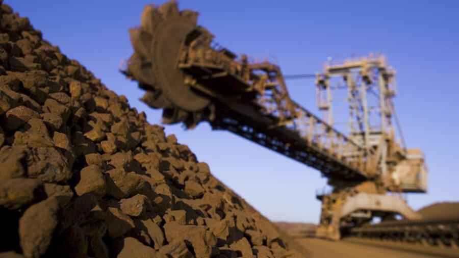 Eisenerz-Förderer: Drei Riesen ringen um die Rohstoffe der Welt