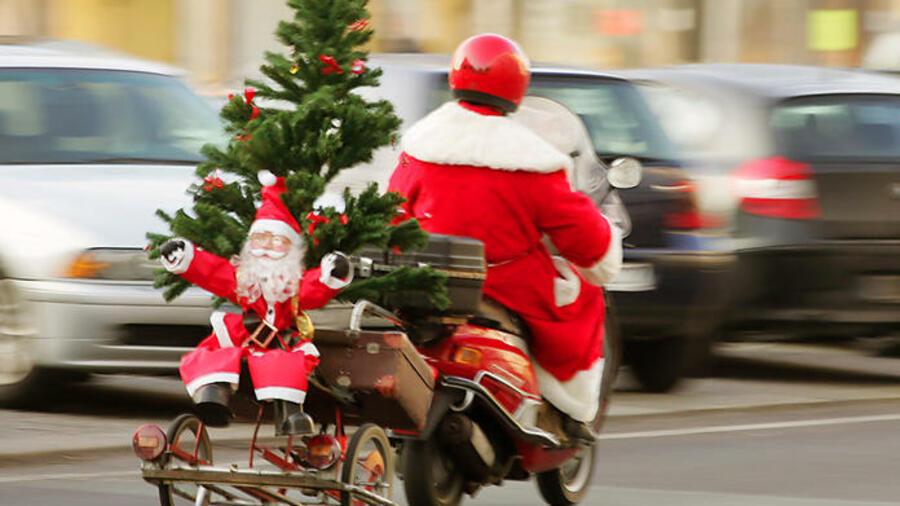 Klassische Weihnachtsgeschenke.Werte Unterm Weihnachtsbaum Geschenke Mit Gewinnpotenzial