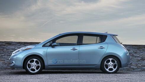 Elektroauto was für den nissan leaf spricht und was dagegen